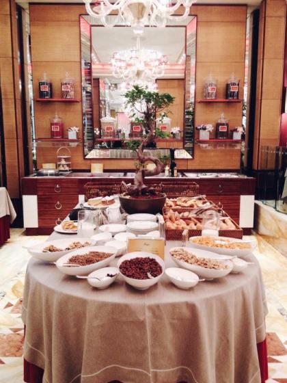 colazione-buffet-pricipedisavoia